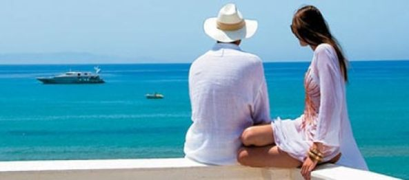 Online Travel Agents vs. High Street Travel Agents